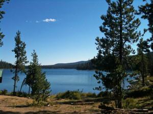 Peaceful Oregon Lake