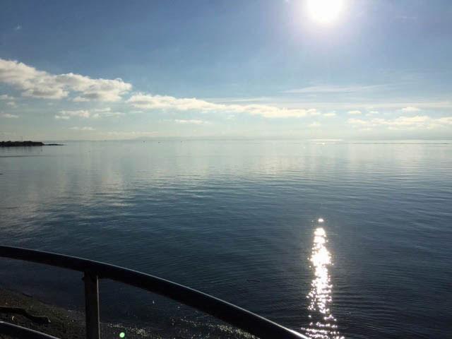 Due South Across the Juan de Fuca Straits